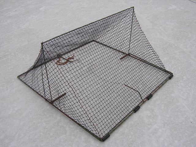 TWB45 - Tent spring trap for trapping waders - with a netting bottom.